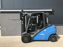 Used 2005 Forklift L