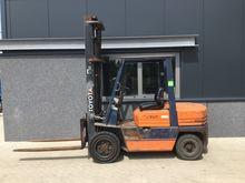 Forklift TOYOTA FDF30 3.0 ton d