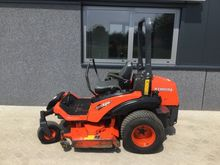 2012 Lawn mower circle mower ze