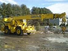 Used 1990 GROVE RT52