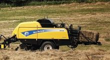 2013 New Holland BB9080RC
