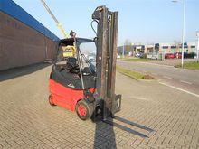 Used 2009 Linde E30-