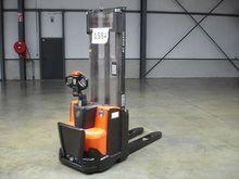 Used 2013 BT SWE100