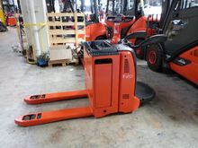 Used 2006 Linde T20A