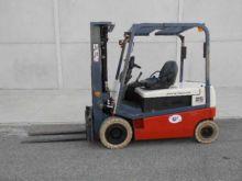 1999 Nissan GQ02L25U