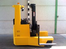 2003 Hyster RM2.5