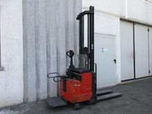Used 1999 BT LSV 125