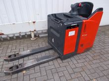 Used 2007 Linde T24S