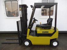 Used 1999 Clark CEM1