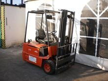 Used Linde E15 in Ve