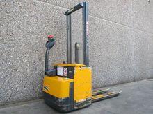 Used 2000 MIC WP10E