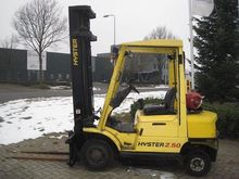 Used 2000 Hyster 2.5