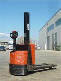 Used 2008 BT SWE 080