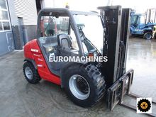 2010 Manitou MH25-4T