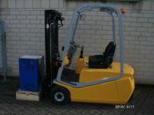 Used 2004 BT CBE 1.6