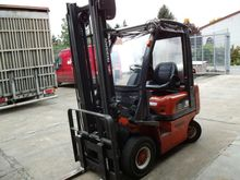 Used 2001 Nissan PD0
