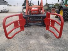 Hand-made Bale forks and grippe