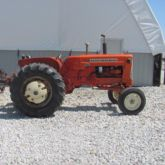 Used Allis-Chalmers D19 Tractor for sale | Machinio