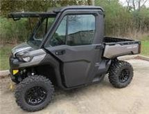 2017 Can-Am 2017 DEFENDER HD10