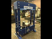 2015 Profi Press 100T