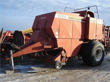 Used HESSTON 4900 in