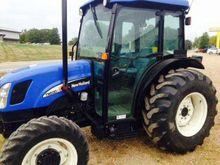 2005 New Holland Agriculture TN