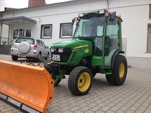 John Deere Communal Tractor 202