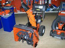 Husqvarna snow blower ST324P (s