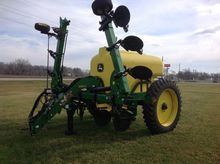 2014 John Deere 2510L Applicato