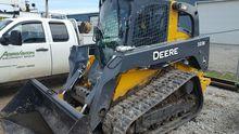 2015 John Deere 333E Skid Steer