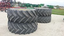 John Deere float tires