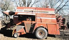 Used Hesston 4700 in