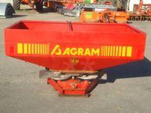 Agram Jet spread 181