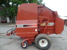 Used Hesston 855 in