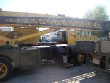 35 Ton Grove Truck Crane