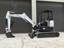 2013 Bobcat E35 w/ Hydraulic Th