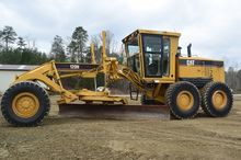 2006 Caterpillar 120H w/ Front