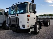 2016 Autocar ACX42 Side Load Ga