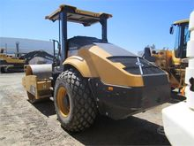 Used 2013 VOLVO SD11