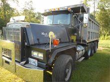 Used 1986 MACK RD822