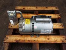 Dayton 4Z336 Oil-Less Vacuum Pu