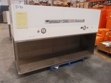 Laminar Flow Cabinet, Brand: Em