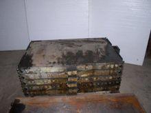 "32"" x 48"" Oil Heated Platens; 5"