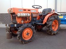 Used KUBOTA B 7100 T