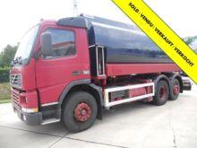 2000 Volvo Tank truck