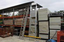 Aluminum platform folding ladde