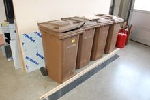 Garbage cans brown 240 l # 7397