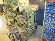 Universal Milling Machine FRIED
