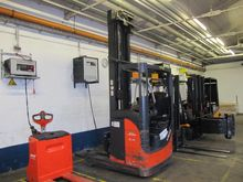 Used Reach truck LIN