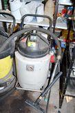 Dry vacuum cleaners / vacuum cl
